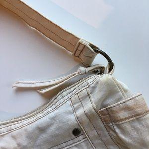 Mini cream shoulder bag with zipper